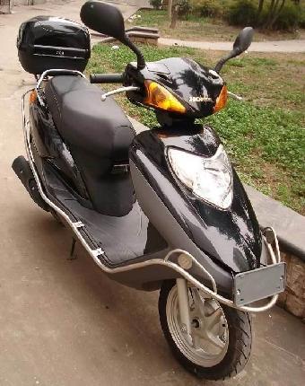 五羊本田踏板摩托车哪个款式性能最好,最耐用?图片
