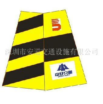 深圳路锥锥套设计 路锥logo,专业路锥生产商