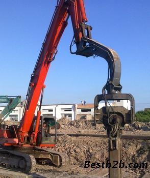 挖掘机液压振动锤适用场合:液压振动锤可与各类
