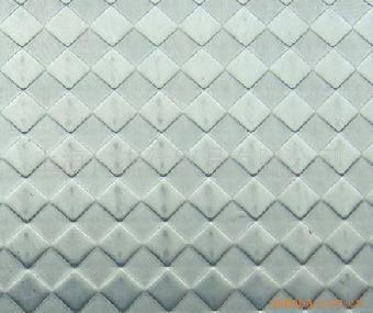 扁豆形花纹的钢板