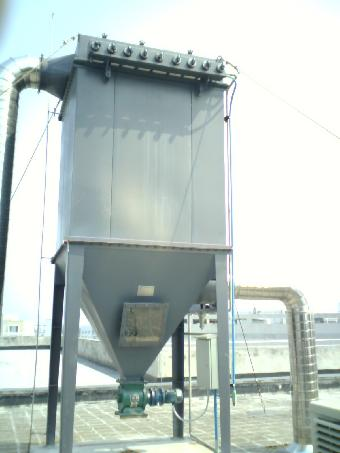 广东化工厂粉尘收集器,脉冲布袋除尘器厂家直销_移动