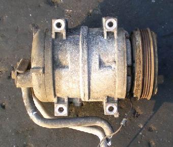 东南得利卡冷气泵,曲轴