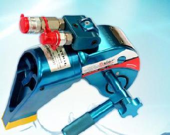 白银液压拉伸器工作原理,将拉伸器螺纹套旋在欲拉伸的螺栓上连接好与图片