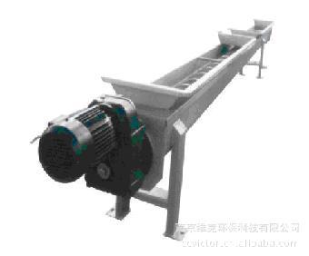 用于污水处理厂输送中,细格栅除污机栅渣和污泥脱水后泥饼等物料.