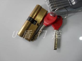 上海步阳防盗门维修电话+修锁换美利保锁芯门铃猫眼
