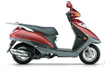 铃木助力摩托车价格_铃木AN125踏板车售价1300元摩托车摩托车
