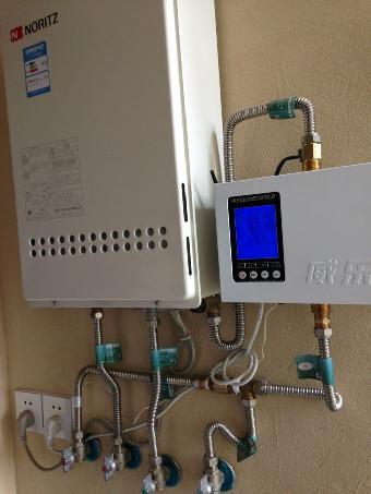 威乐热水循环水 威乐回水器它的主要部件是主机加单向阀图片