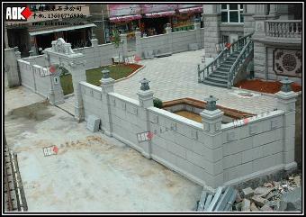 独栋欧式别墅的围墙