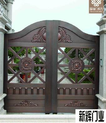 围墙门质量好价格优就选新辉门业产用高密度欧式稀土