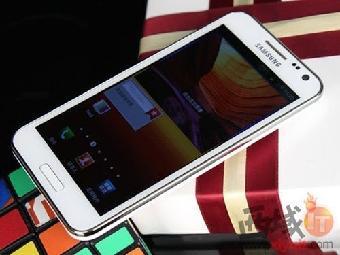 三星sedge原装屏幕_价格良心三星S7Edge64G版本来了比苹果6
