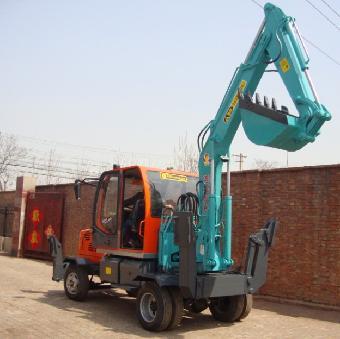 专业生产各种型号180度小型农用挖掘机产品为主有:小型液压挖掘机:xz