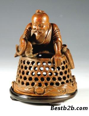 如何保养竹雕工艺品对于很多收藏家们来说,从古代流传下来的竹雕工艺