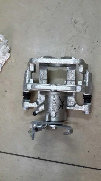 福州凌志es350冷凝器,电子扇拆车件