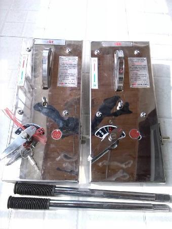 电子电工 配电装置     一,  jsxgn-12箱式开关柜用机械闭锁装置采用