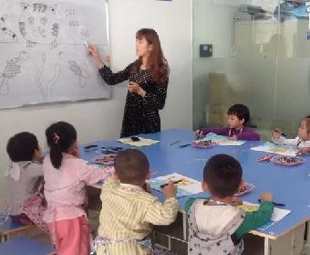 嘉定儿童学画画 嘉定儿童绘画培训 三维立体画培训