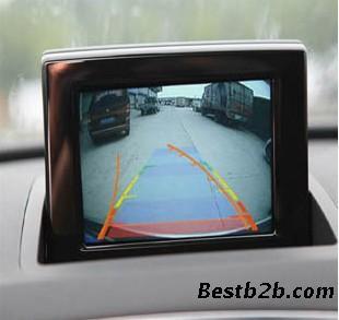 奥迪q3原车带导航dvd主机加装倒车轨迹系统
